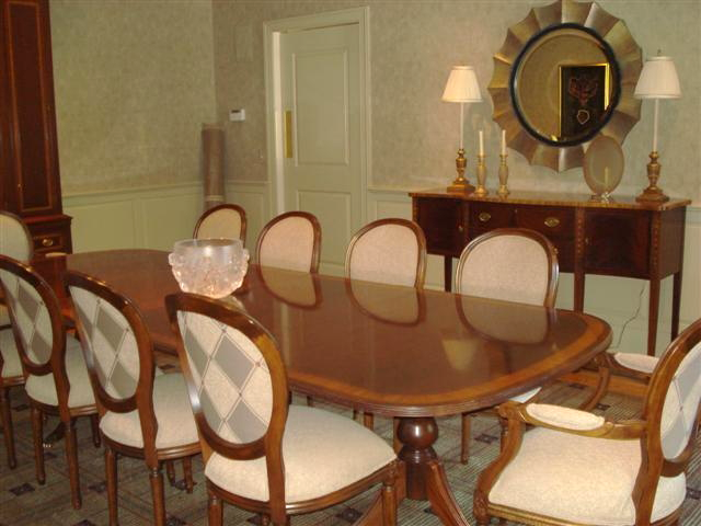 Ethan Allen Dining Room Table And Chiars