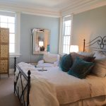 queen-size-iron-bed-and-other-furnishings1