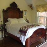 romantic-victorian-bed