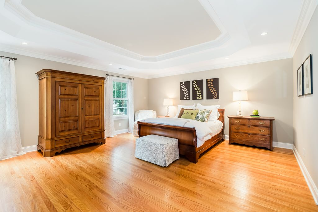 Queen Bed And James Dew Armoire